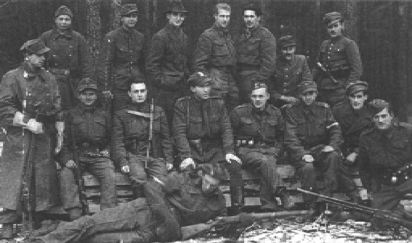 Prawie wszyscy partyzanci II Batalionu 27 Pułku AK nosili