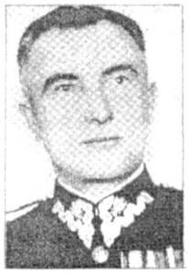 """Gen. bryg. Antoni Chruściel  ps. """"Monter"""" – komendant Okręgu Warszawskiego AK  i dowódca Powstania."""
