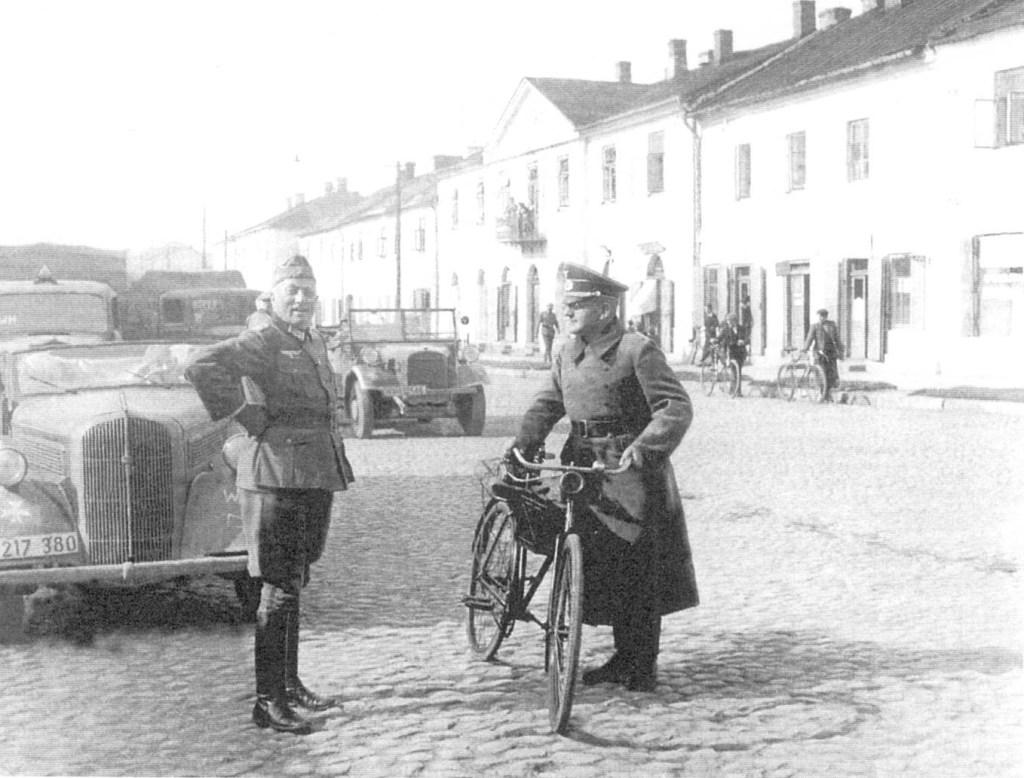 Wrzesień 1939, po wkroczeniu wojsk niemieckich do Końskich
