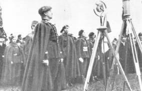 Generał Władysław Sikorski przemawia do Brygady Podhalańskiej w dniu poświęcenia jej sztandaru.