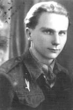 """Kazimierz Śliwa ps. """"Strażak 2"""" podczas szkolenia w Wielkiej Brytanii."""