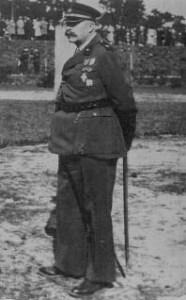 Płk inż. Władysław Stefanowski w mundurze pułkownika rezerwy. Skarżysko-Kamienna 1935 r.