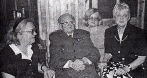 Z córkami Izabellą, Marią i Ewą w 1996 r.
